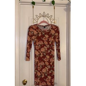 Forever 21 Red Floral Roses Skintight Dress size M